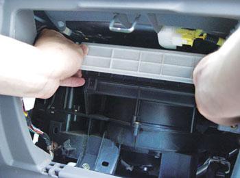 松江区格力空调维修 移机 加液 保养 回收;   松江区海尔空调维修