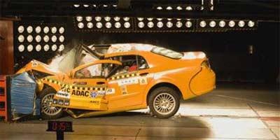 尊驰碰撞仅一星 福克斯C-NCAP试验完成