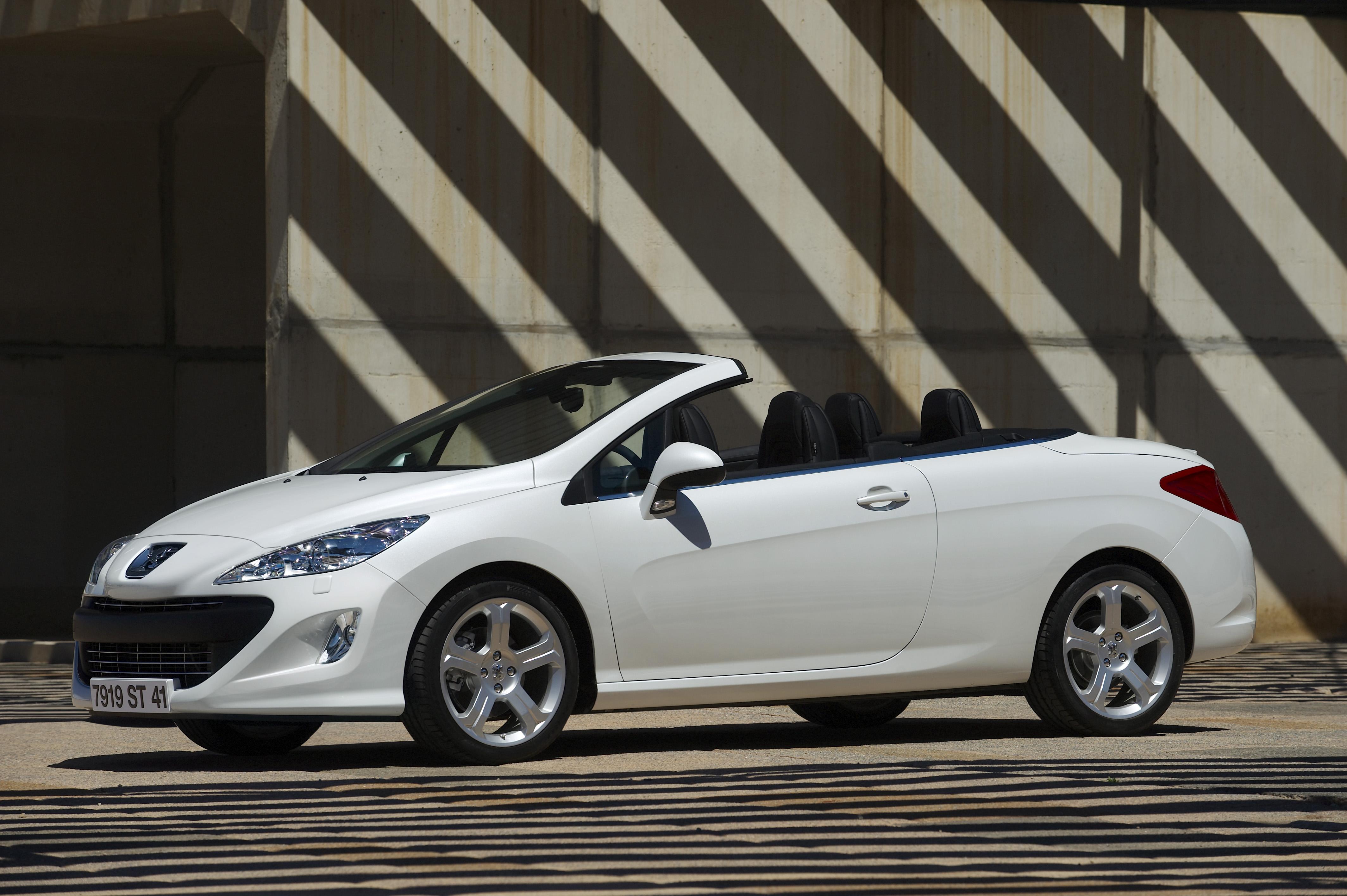 cc硬顶敞篷版 标致发布新款全天候型308cc cabri 高清图片
