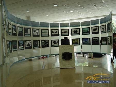 主办方瑞典saab汽车科技发展历程展厅高清图片