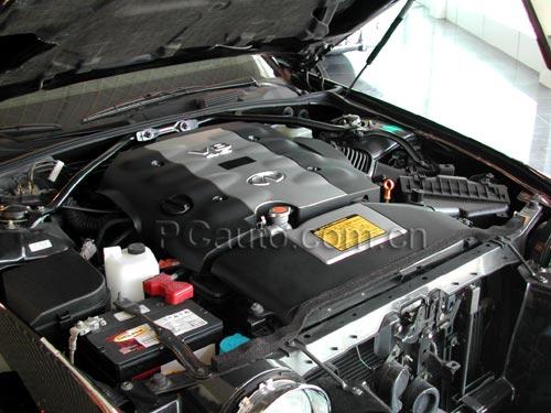日产无限的V8发动机,以宁静平顺见长